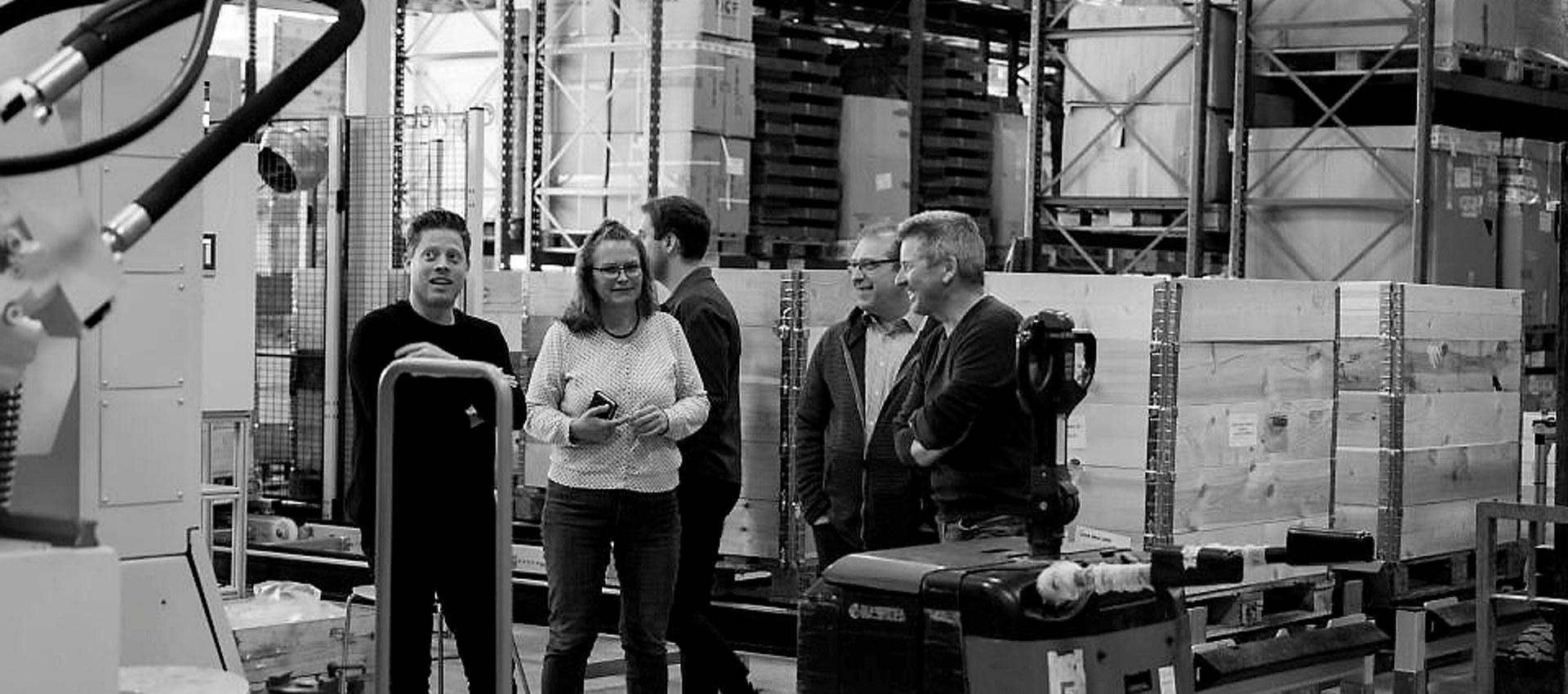 Fra venstre: arkitekt Stian Alessandro Ekkernes Rossi, Snøhetta. Markedssjef Ragnhild Johannessen, teknisk sjef Håkon Edvardsen og daglig leder Svein-Erik Hjerpbakk, NCP. Foto: Snøhetta.