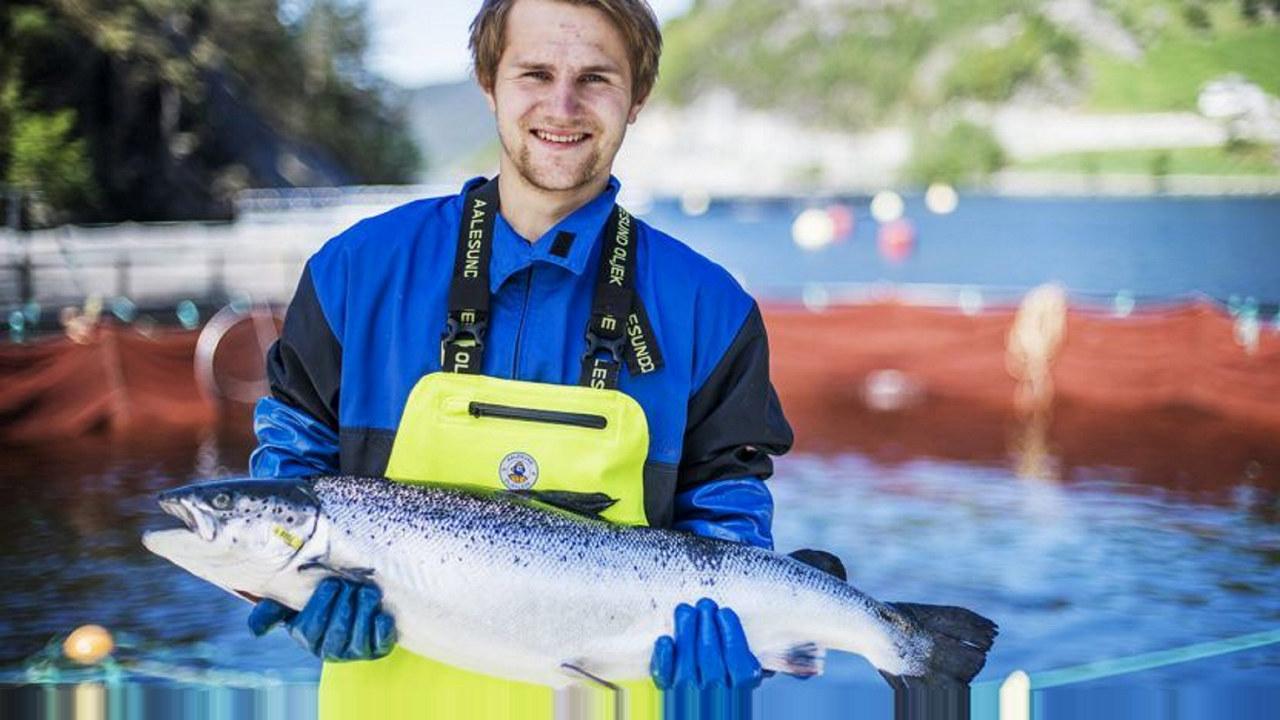 Jørgen Wenberg er ansatt ved Wenberg Fiskeoppdrett, et av eierselskapene i Salten Aqua- Gruppen.