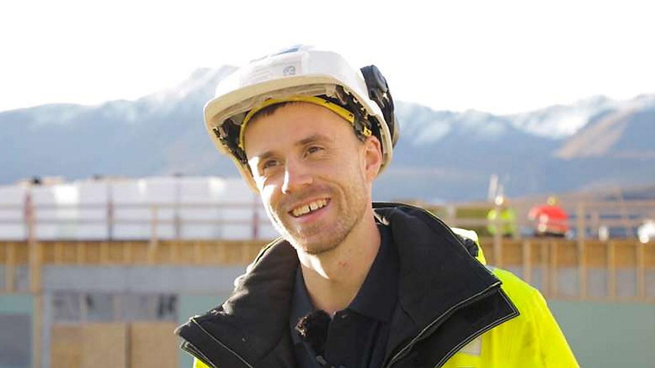Daniel Jensen er formann på prosjektet Kvæfjord Helsehus. Snart blir han byggeleder.