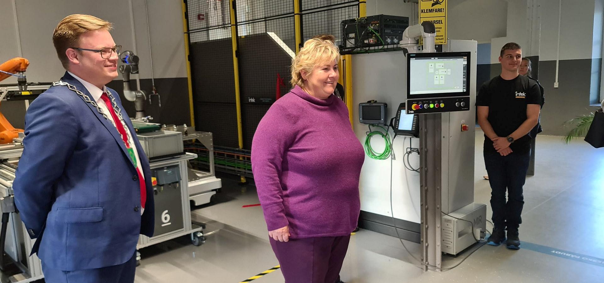 Statsminister Erna Solberg åpnet den nye Læringsfabrikken på Raufoss 2. september 2020. Foto: OFII