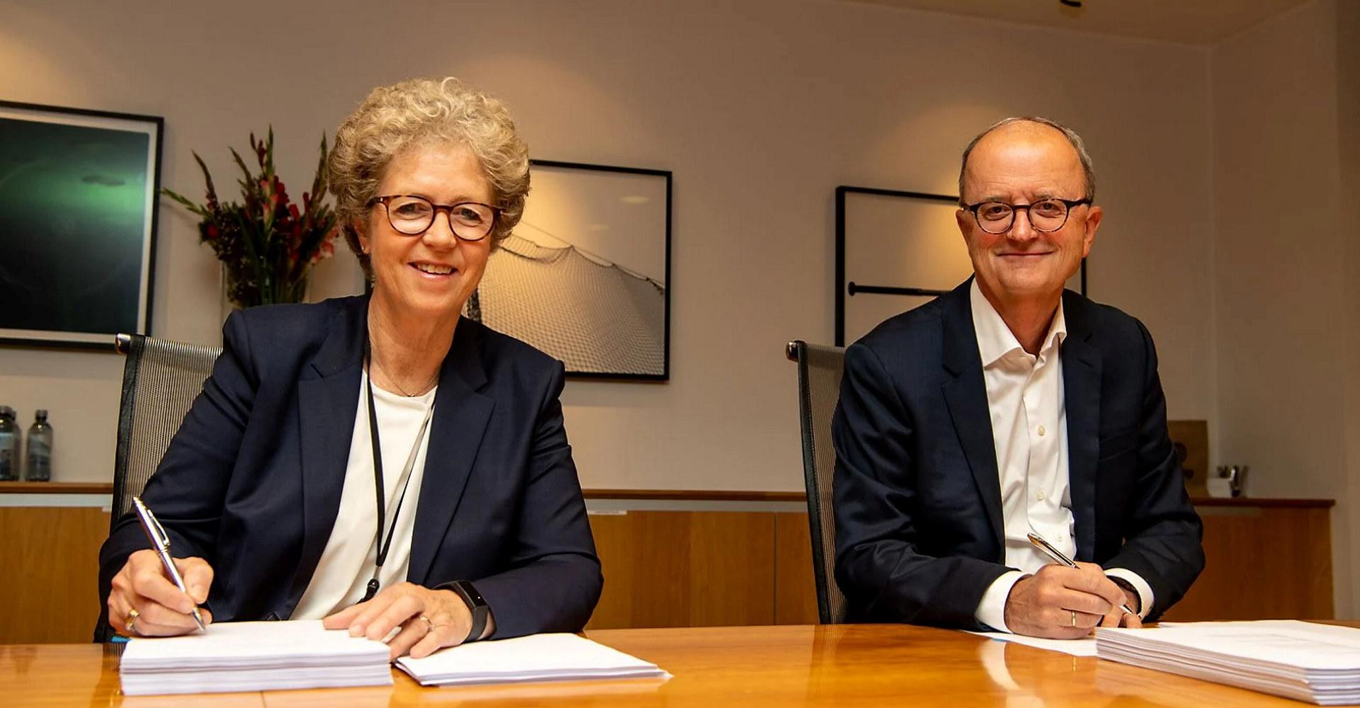 Hydros konsernsjef Hilde Merete Aasheim og Lyse-konsernsjef Eimund Nygaard. Foto: Halvor Molland / Hydro