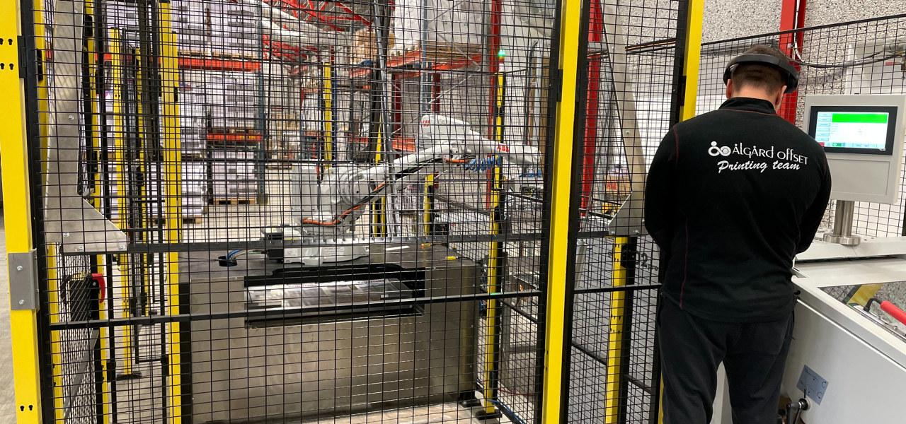 Ålgård Offset benytter roboter i produksjonen