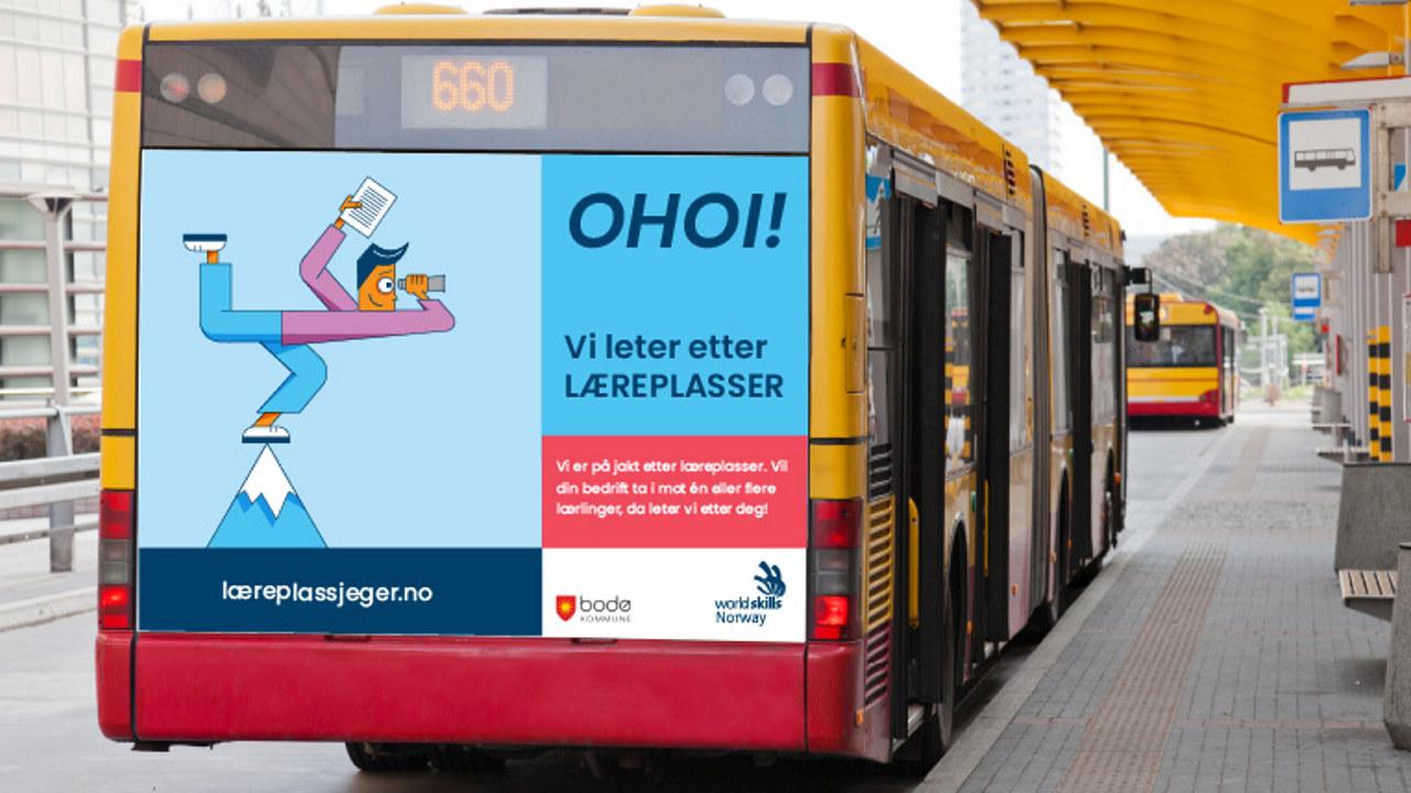 Buss med reklameplakat for læreplassjeger-kampanjen