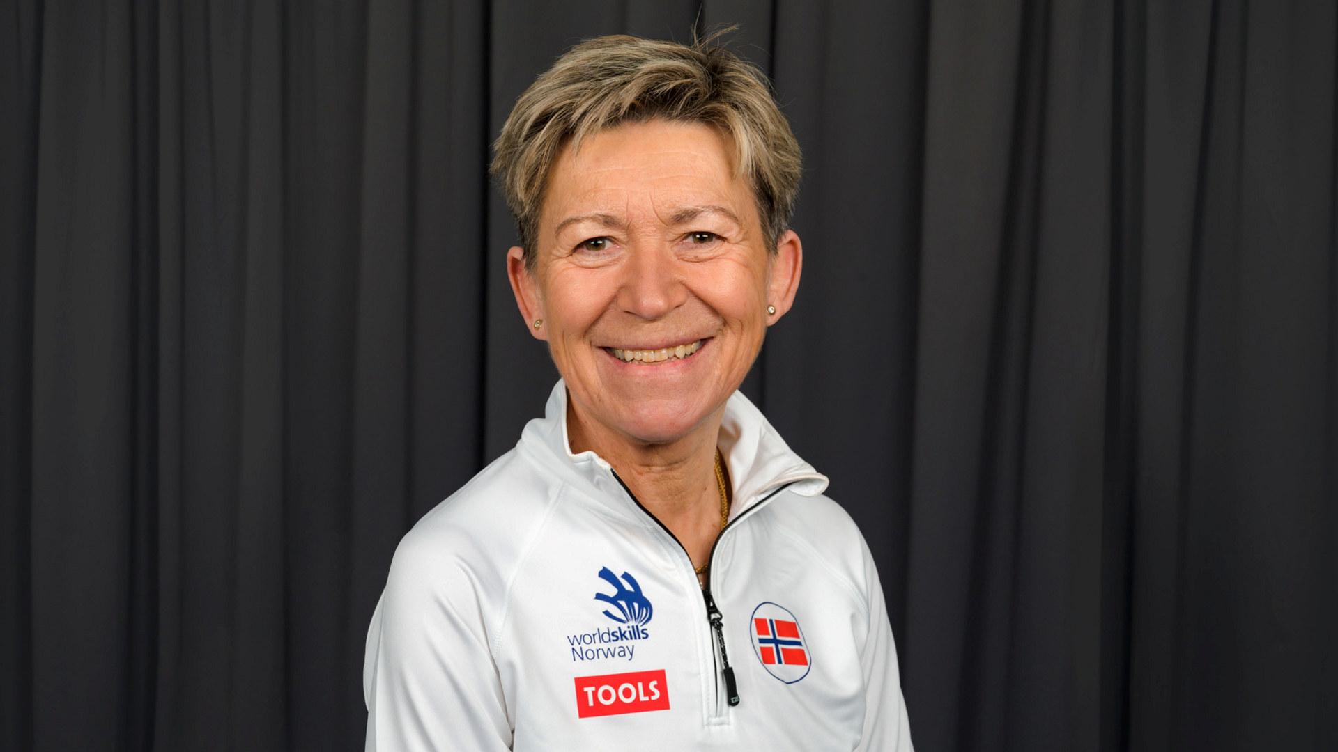 Elisabeth Lange sekretariatsleder
