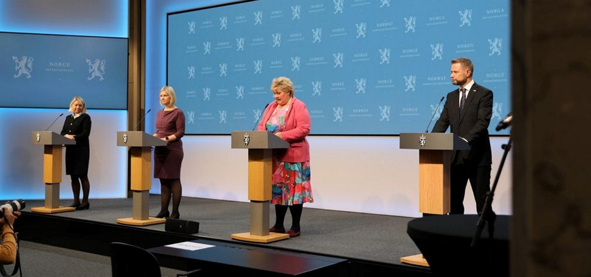 Fra regjeringens pressekonferanse 24. september 2021. Foto: regjeringen.no